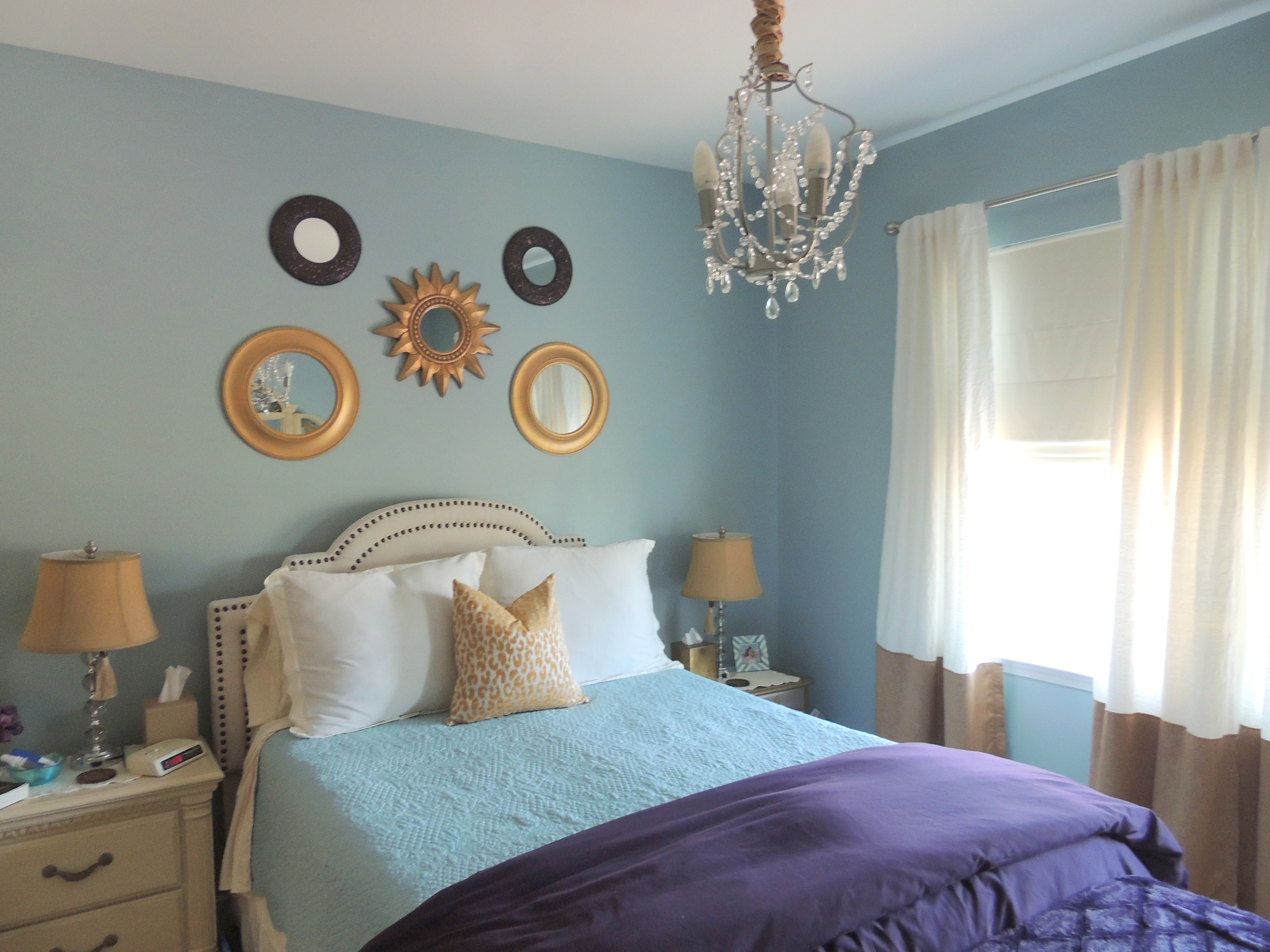 Studio reed jonathan reed s spare crafted interior design - Home Interior Design Coach Rooms